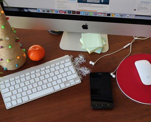 Assistente Virtuale: come può supportarti in vista delle festività di fine anno.